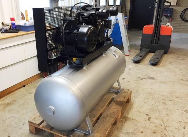 Rask Brugt Stempelkompressor Stenhøj 4 kw 5,5 HK-200 ltr. beholder IH-56